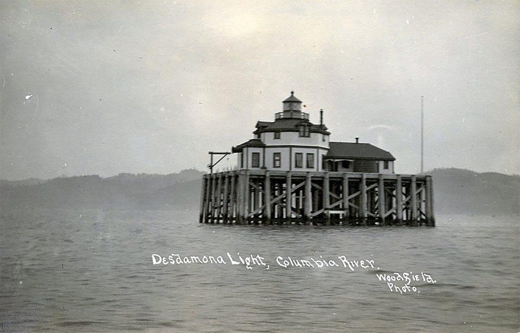 Desmonda Sands Lighthouse Oregon